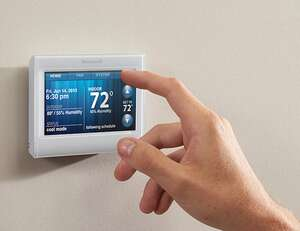 Programmable Thermostat - Eco friendly lifestyle