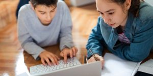Using Online Resources that aid Learning safely